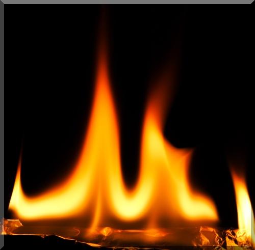 http://trancept.free.fr/hfr/IMG_2902_Flamme.jpg